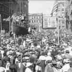 Sydney celebrates 12 November 1918