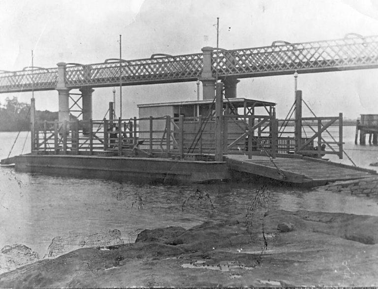 Meadowbank-Rhodes Railway Bridge